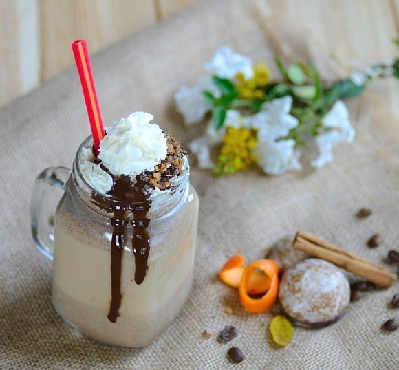 Chocolate-Gingerbread Cookie Frappuccino
