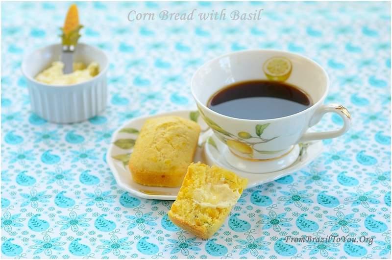 Corn Bread with Basil (Pão de Milho com Manjericão)