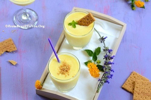 Piña Colada Cheesecake Smoothie -- A guilt-free, blissful both breakfast and dessert in a cup!!!