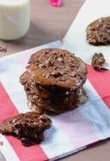 Flourless Ooey Gooey Mounds Cookies (Biscoito Prestígio)