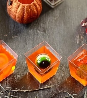 creepy-jello-cups
