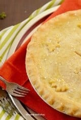 Brazilian Chicken Pot Pie (Empadão de Frango)