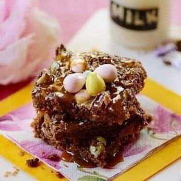 Easter-cookie-bars, 6-Ingredient-Easter-cookie-bar
