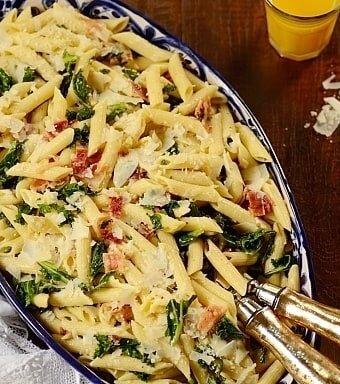 Kale-pasta-salad