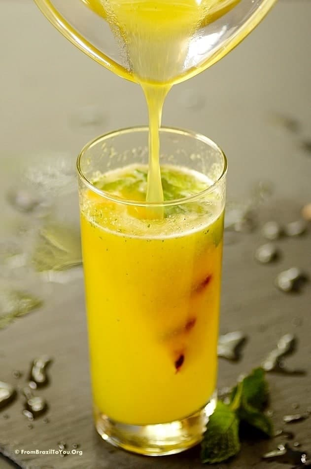 Sparkling Pineapple Mint Juice with Grilled Pineapple