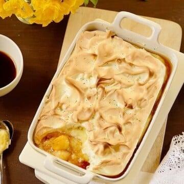 Crustless-banana-meringue-pie