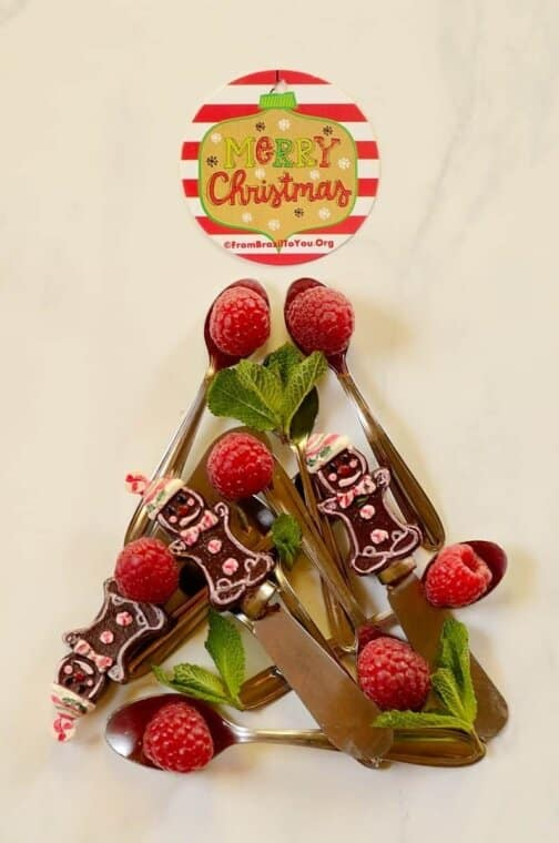Christmas tree made from berries and cutlery to celebrate one of the major Brazilian holidays