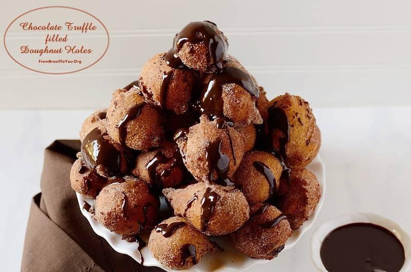 ... Chocolate-Truffle-filled-Doughnut-Holes-Bolinho-de-Chuva-com-Chocolate