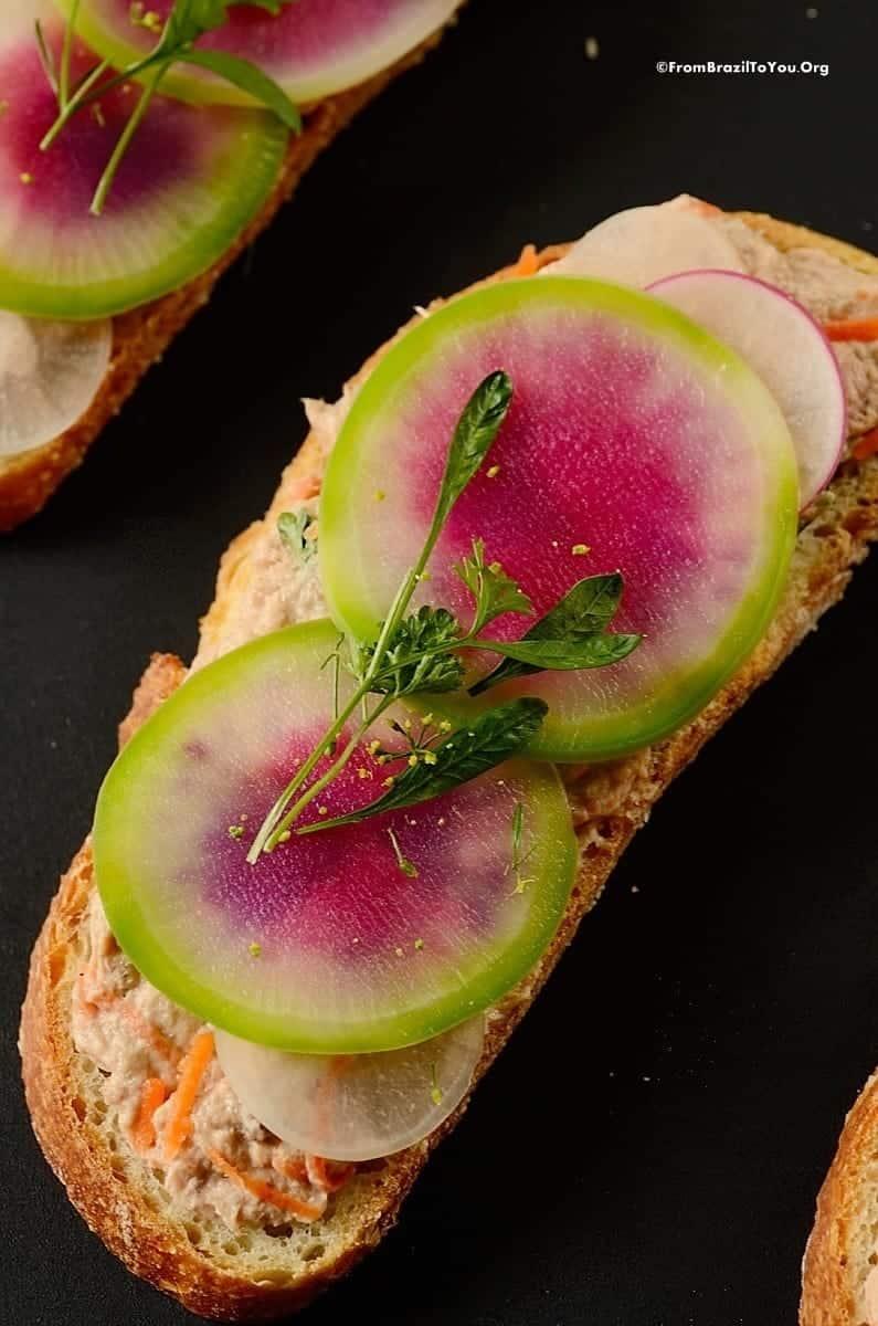 Tuna Salad Sandwich (Sanduíche Natural de Atum)
