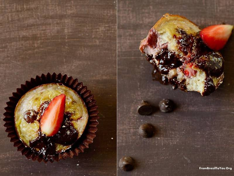 4-Ingredient-Strawberry-Banana-Chocolate-Chip-Muffins