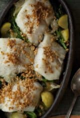 fresh-cod-onions-garlic-potatoes-broccolini , bacalhau-lagareira
