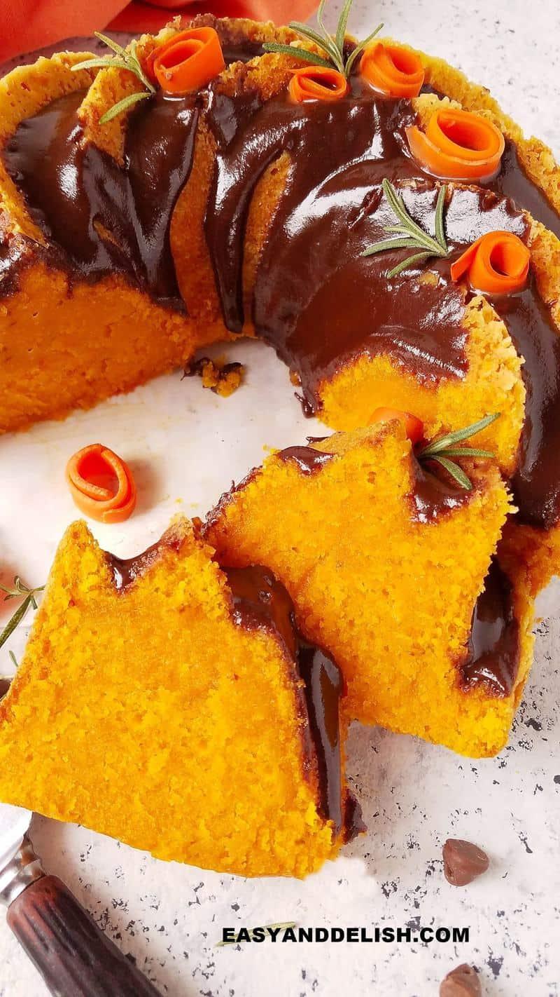 close up do bolo de cenoura fofinho