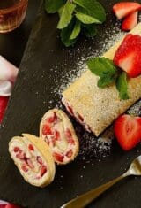 Strawberry-cream-flatbread-roll