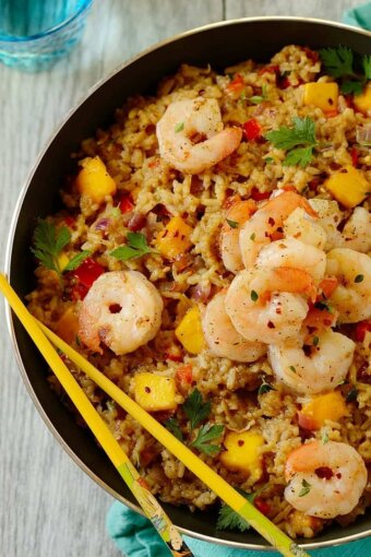 Easy-shrimp-coconut-fried-rice
