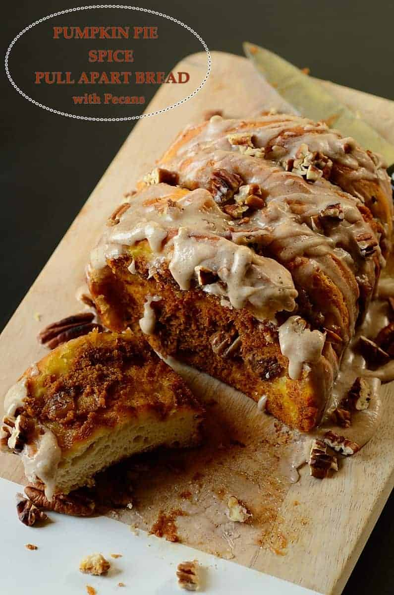 pumpkin-pie-spice-pull-apart-bread-with-pecans-by-frombraziltoyou-org