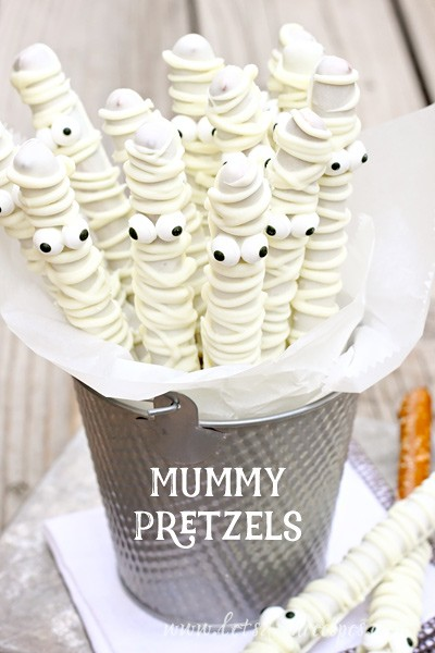 mummy-pretzelswb-from-lets-dish-recipes