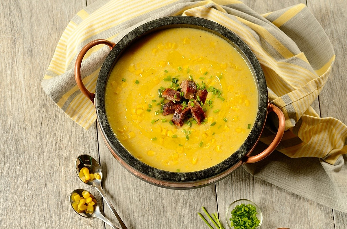 Brazilian corn chowder in a pan