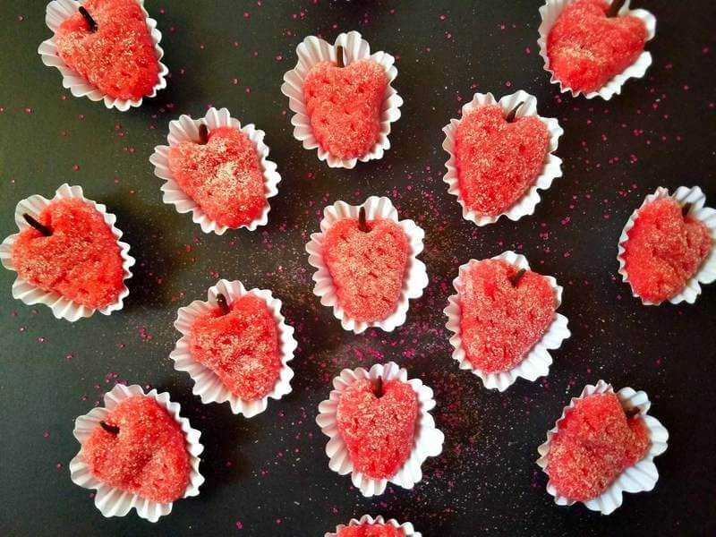 Strawberry-brigadeiros