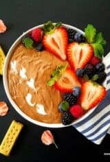 4-Ingredient Fluffy Nutella Dip with Berries