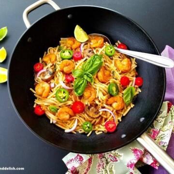 Shrimp-Thai-noodles-stir-fry