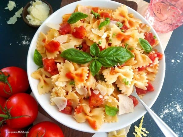 Homemade-Bow-Tie-Pasta-Tomato-Basil-Sauce