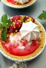 Raspberry-pistachio-froyo-pies, Frozen-yogurt-pies
