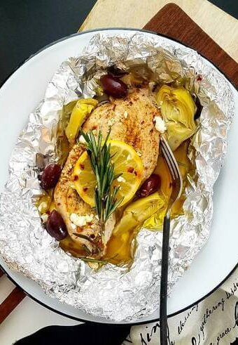 Mediterranean-chicken-foil-packets, Keto-chicken-foil-packets