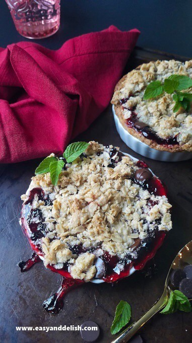 Blackberry cobbler pies in ramekins