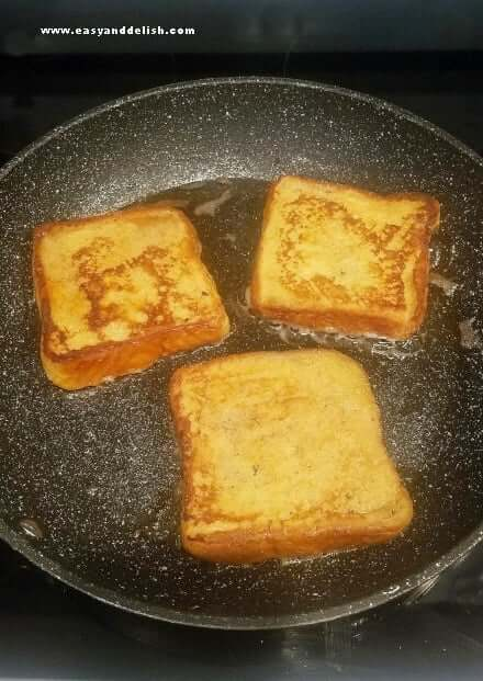 Pan-frying French toast
