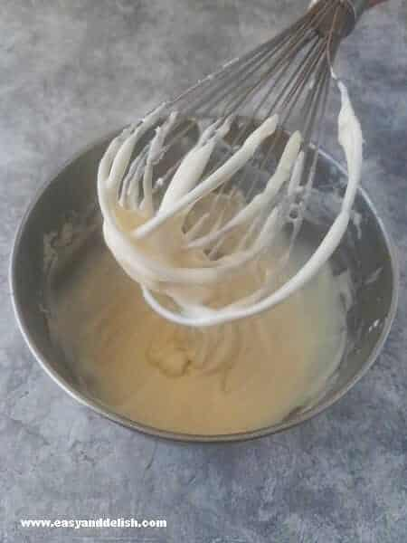 whisking glaze for strawberry pound cake