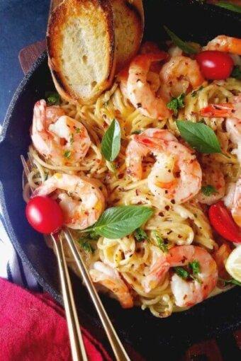 shrimp scampi pasta recipe served in an skillet
