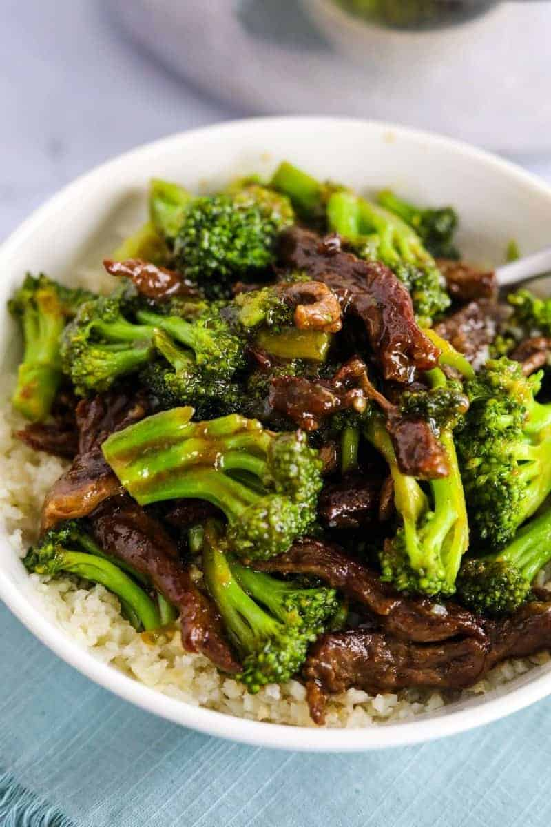 a bowl of keto beef and broccoli -- one of the quick and easy low carb dinner recipes