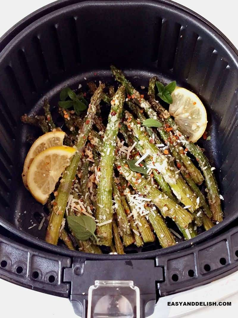 asparagus in air fryer with parmesan and lemon