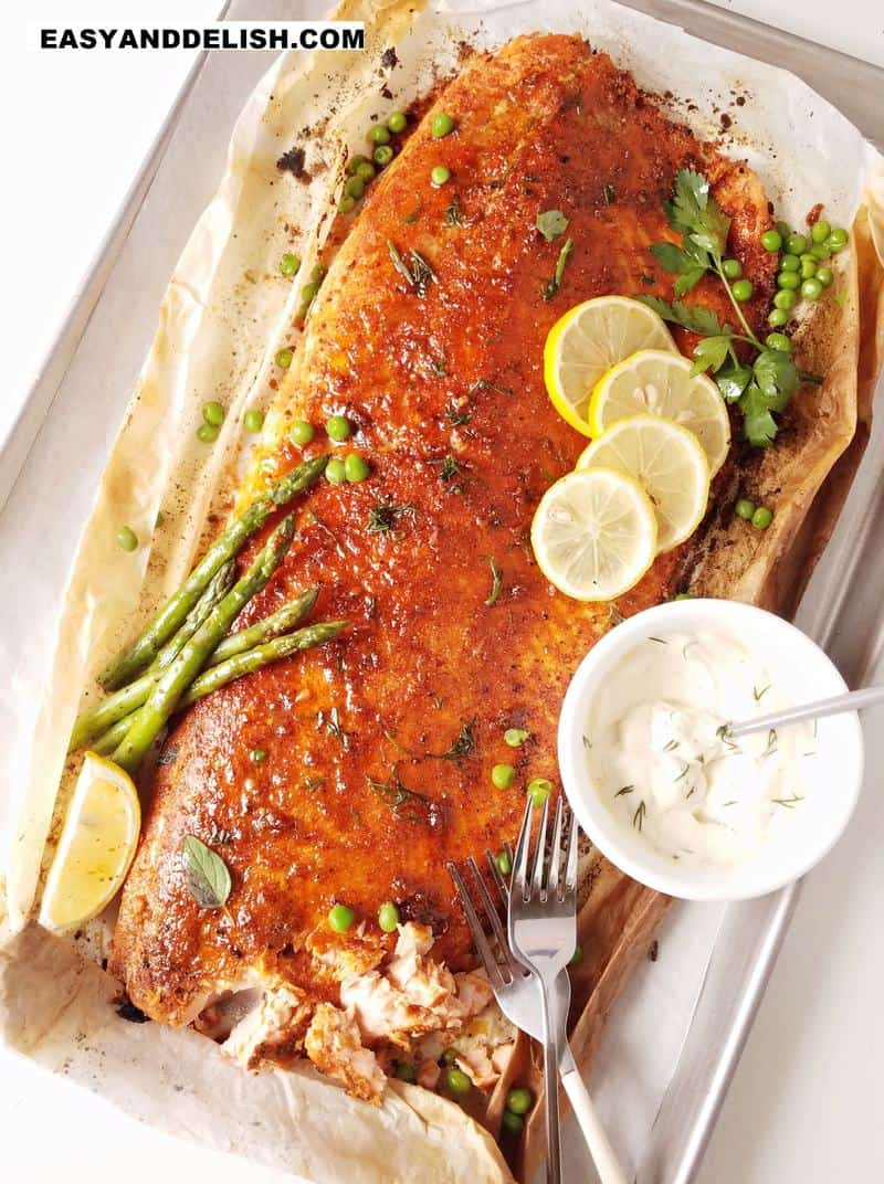 baked salmon on a tray to be served