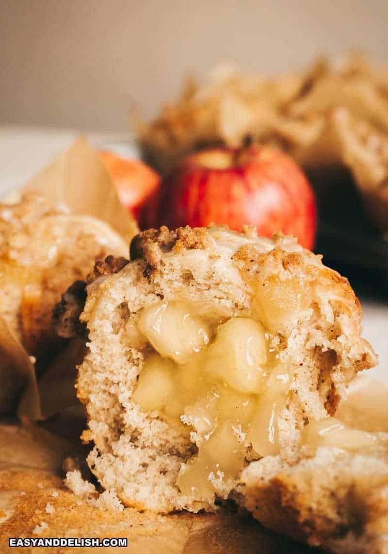 bolinho de maçã recheado